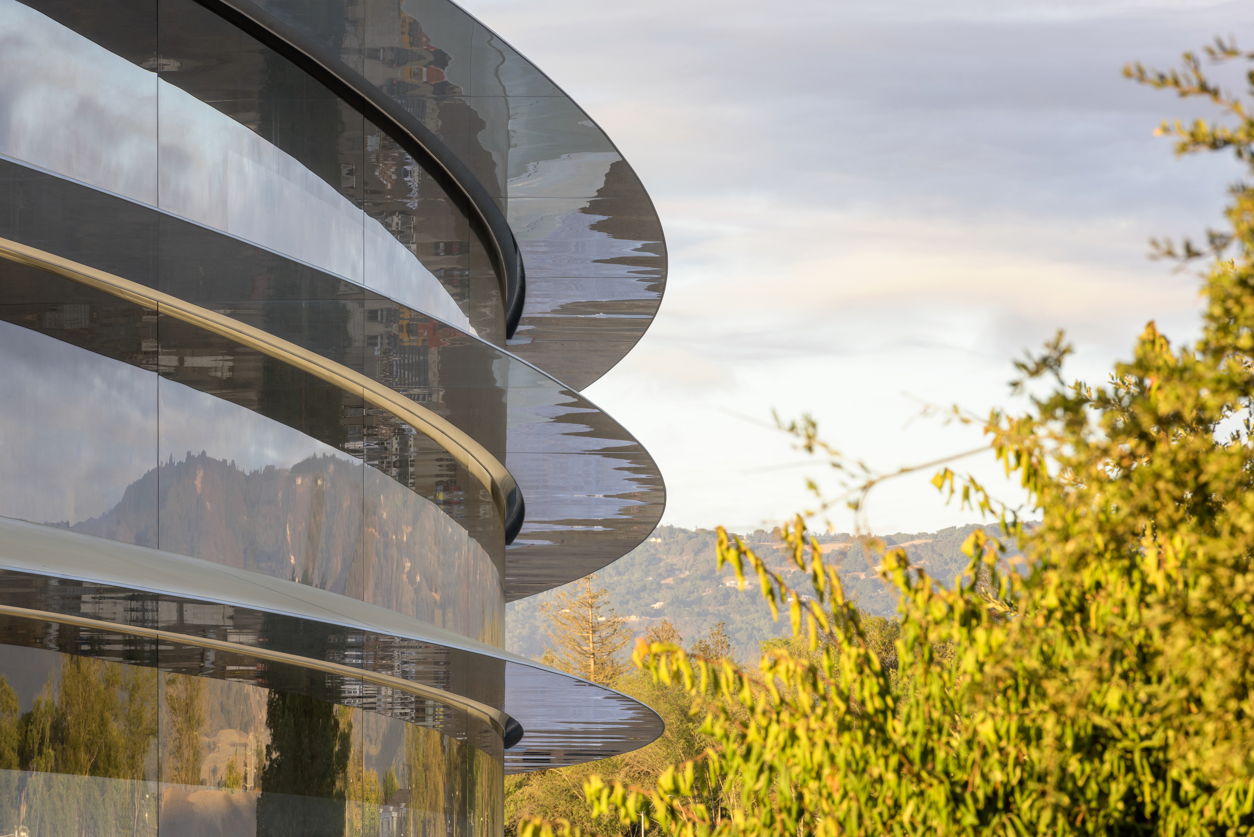 Brand Insight Blog Apple's new HQ